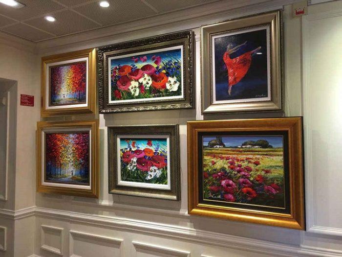 Art gallery on-board Azamara Quest