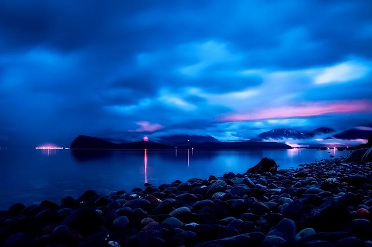 The coast of Juneau seen during Alaska cruises at night time