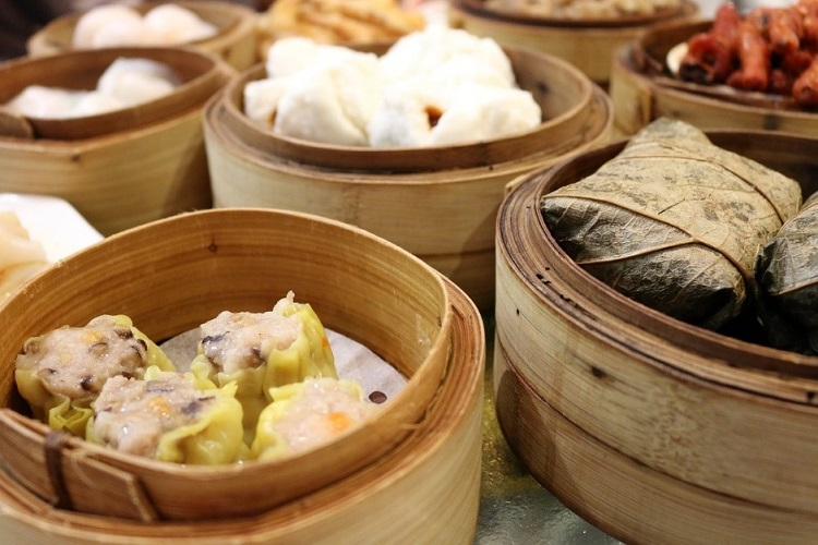 Bamboo bowls full of authentic Chinese dim sum