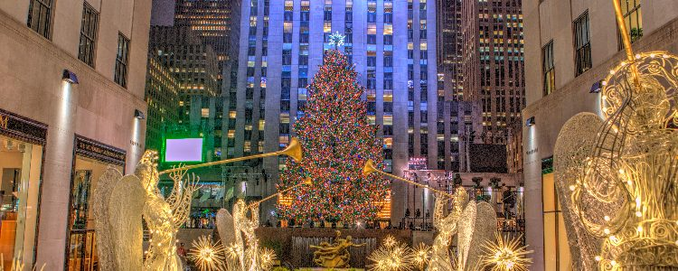 A Christmas tree and Christmas lights in New York