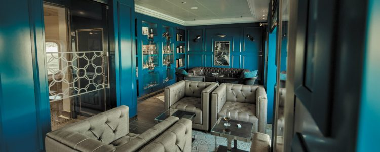 The Connoisseur Club on-board Regent Seven Seas Voyager