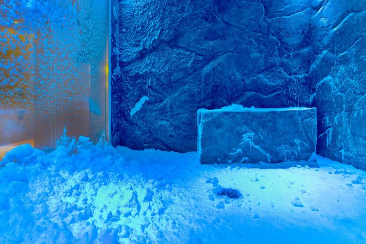 Snow Grotto - Viking Ocean