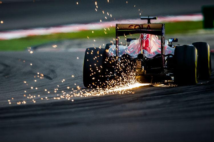 Sparks off car in Grand Prix