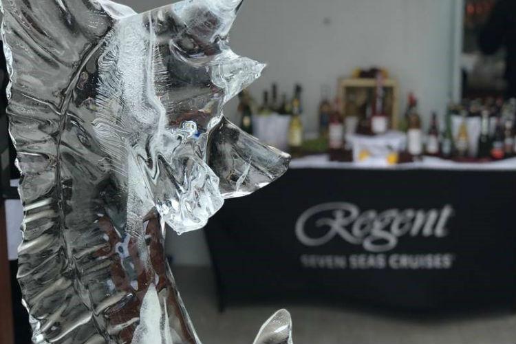 Ice sculpture - Regent Voyager