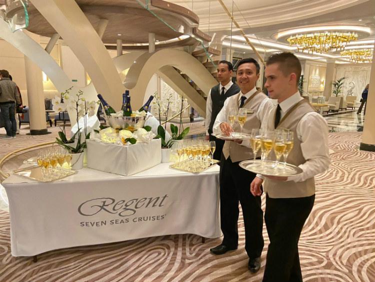 Regent Seven Seas Splendor champagne reception