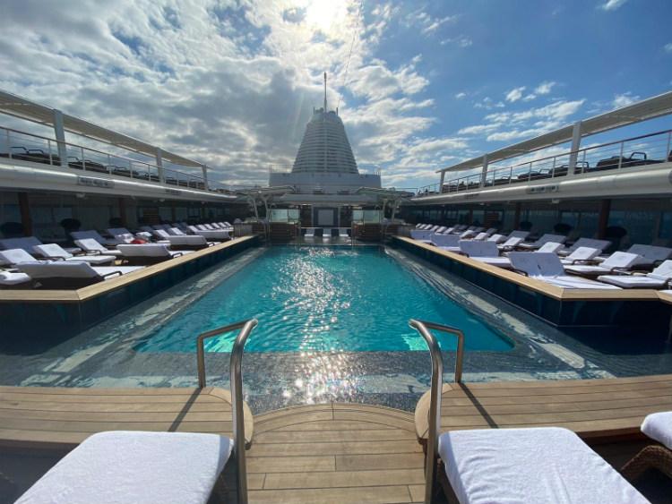 Seven Seas Splendor pool