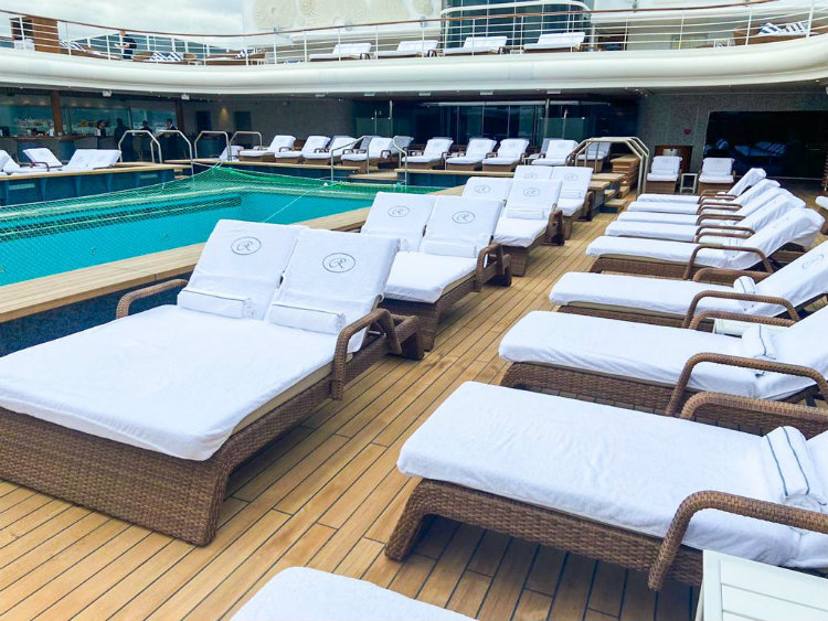 Regent Seven Seas Splendor sunloungers