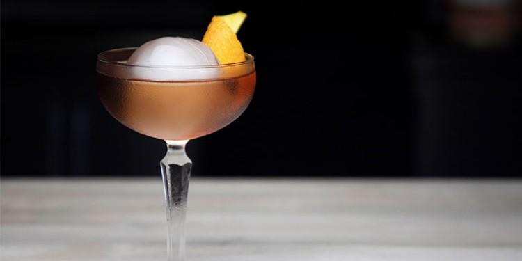 Regent Cocktail - Bon Soiree