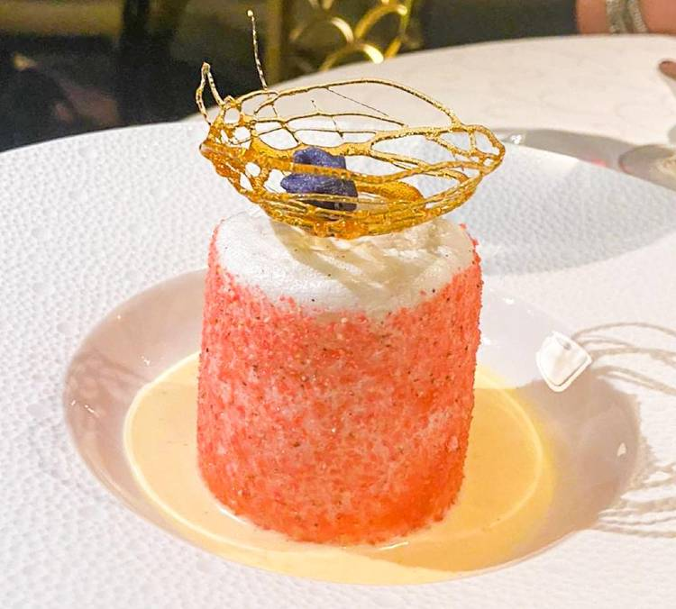 Food on-board Seven Seas Splendor