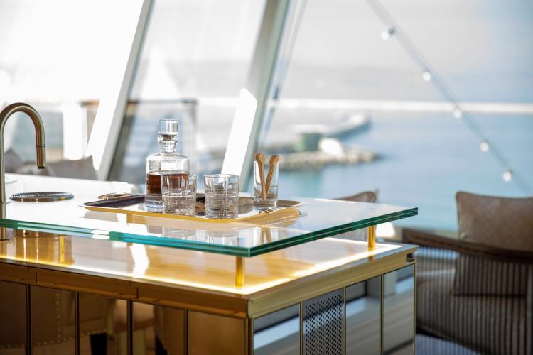 Regent Suite - Bar