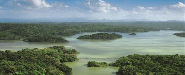 Luxury lakes cruises