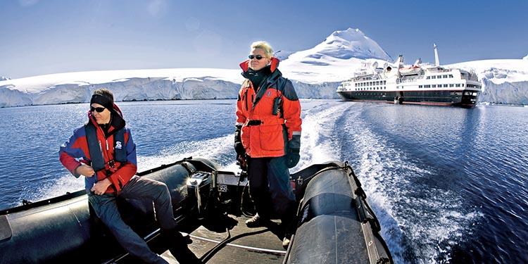 Expedition crew