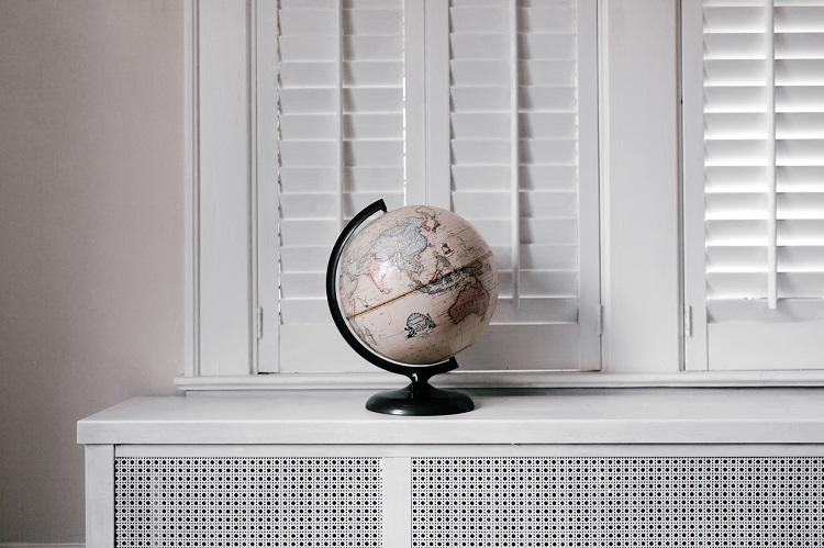 Home globe
