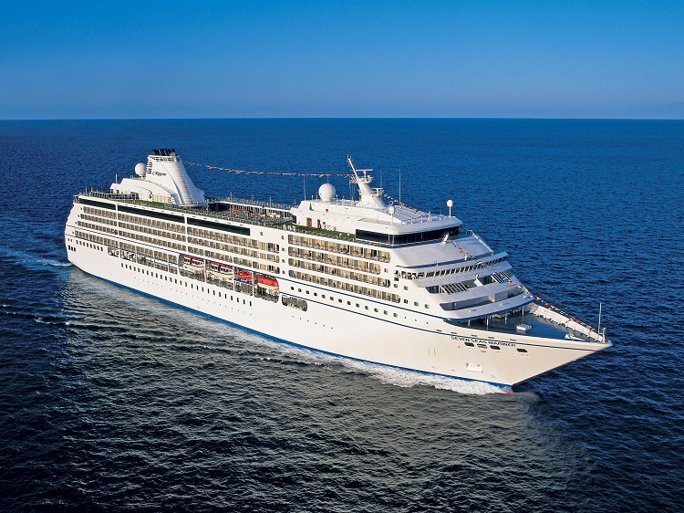The Regent Seven Seas Mariner cruise ship sailing across the ocean