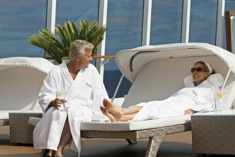 People at the spa - Oceania Cruises