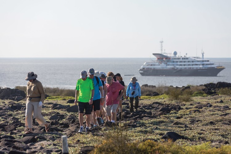 Group excursion in the Galapagos - Silversea